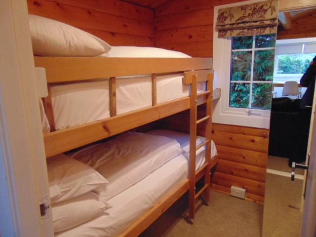 Cabin 236 Bunk Beds